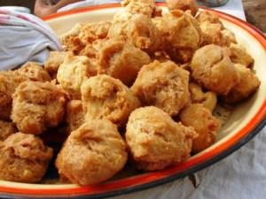 photo: http://pikachakula.com/recipe/uganda-mandazi-special/