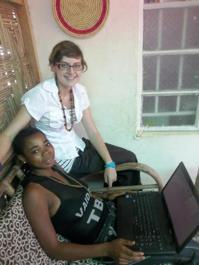 An informal IT lesson in Sierra Leone (2012)